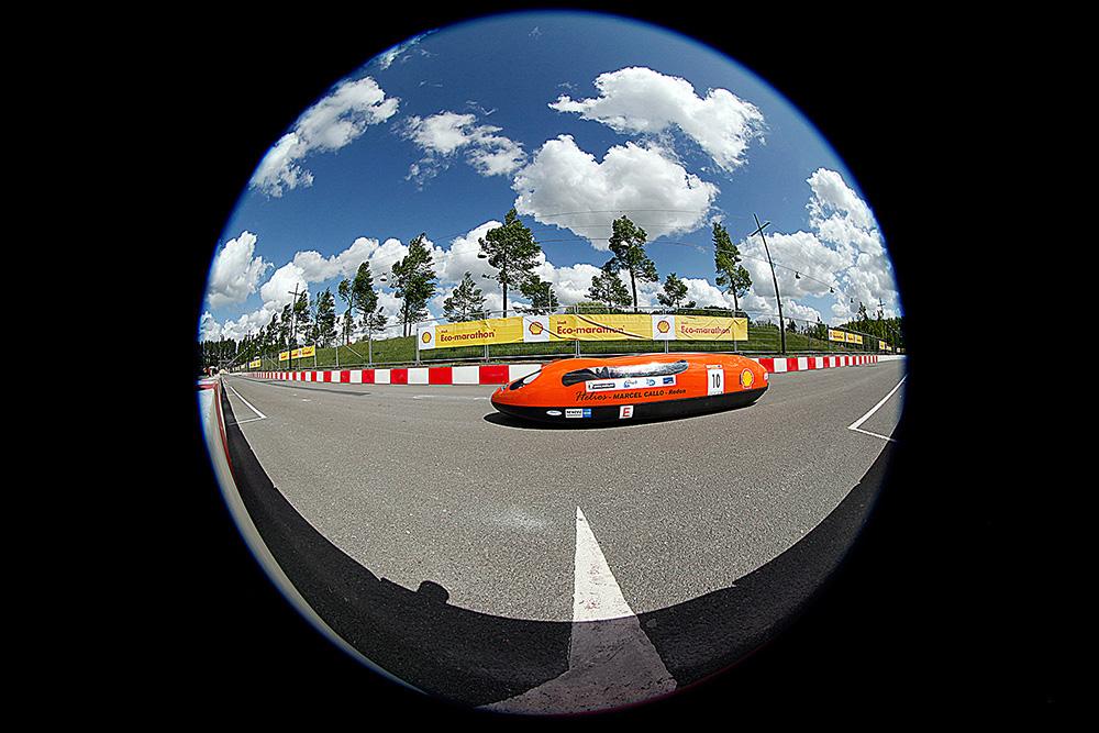http://www.ecomarathon.de/fileadmin/Sonstige_Unterseiten/ecomarathon/images/Bilder/2012/Fisheye/_MG_6521.jpg