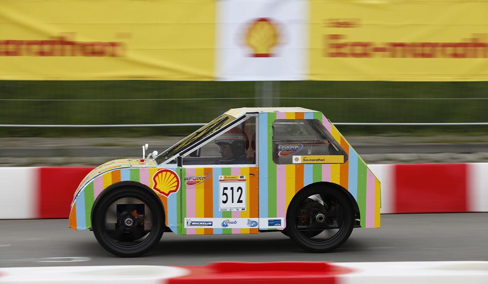http://www.ecomarathon.de/fileadmin/Sonstige_Unterseiten/ecomarathon/images/Bilder/2012/cars_urban/512_MG_7202_1000.jpg