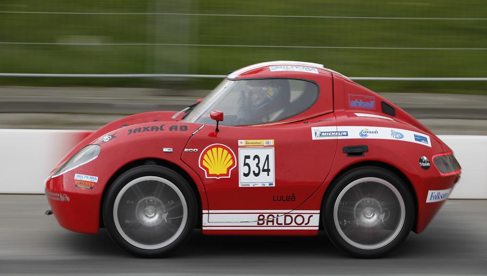 http://www.ecomarathon.de/fileadmin/Sonstige_Unterseiten/ecomarathon/images/Bilder/2012/cars_urban/534_MG_7186_1000.jpg