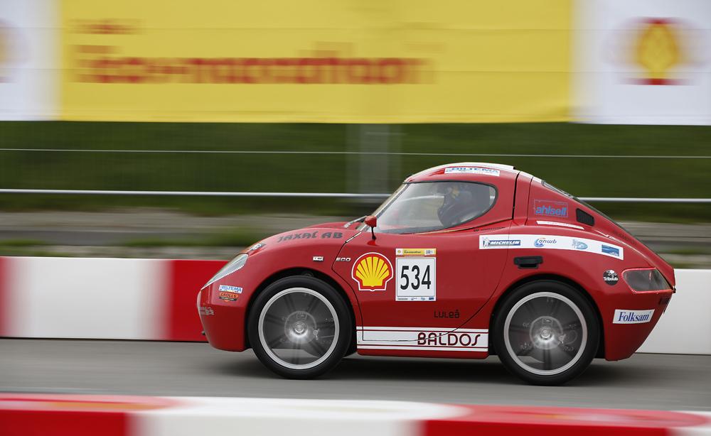 http://www.ecomarathon.de/fileadmin/Sonstige_Unterseiten/ecomarathon/images/Bilder/2012/cars_urban/534_MG_7210_1000.jpg