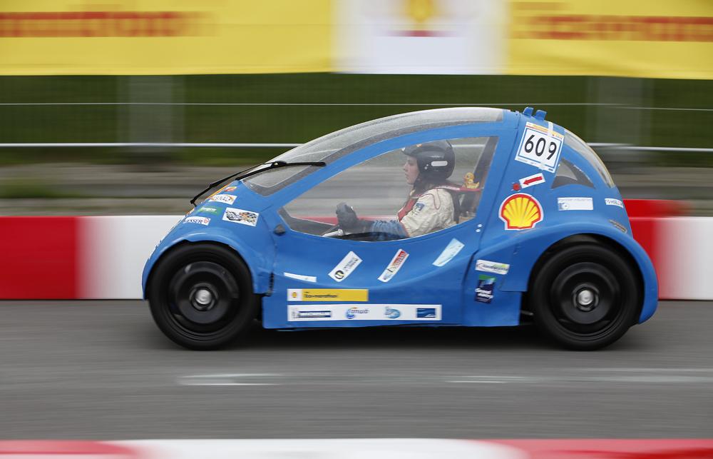 http://www.ecomarathon.de/fileadmin/Sonstige_Unterseiten/ecomarathon/images/Bilder/2012/cars_urban/609_MG_7241_1000.jpg