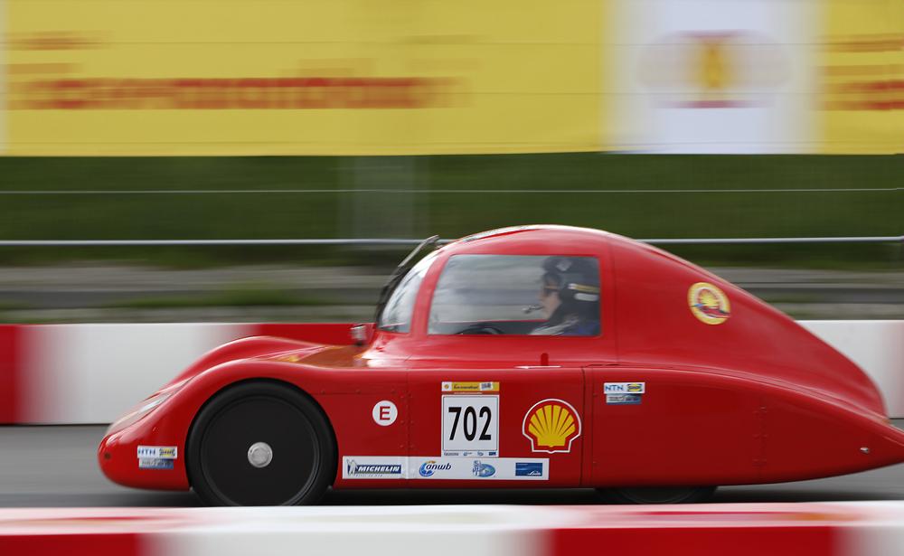 http://www.ecomarathon.de/fileadmin/Sonstige_Unterseiten/ecomarathon/images/Bilder/2012/cars_urban/702_MG_7177_1000.jpg