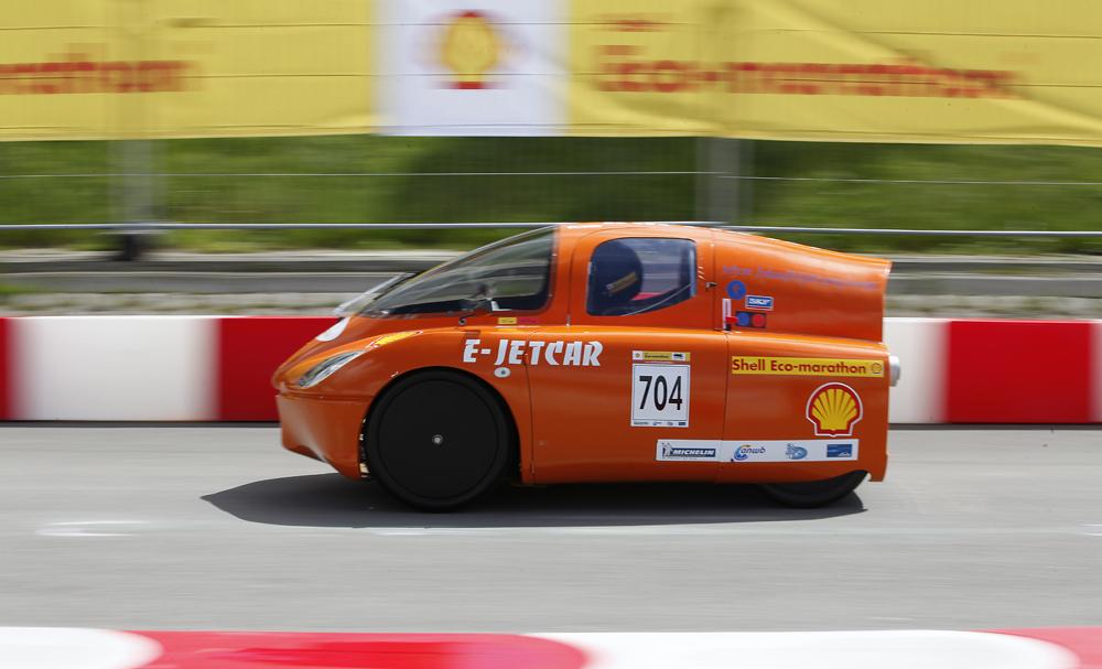 http://www.ecomarathon.de/fileadmin/Sonstige_Unterseiten/ecomarathon/images/Bilder/2012/cars_urban/704_MG_5677_1000.jpg