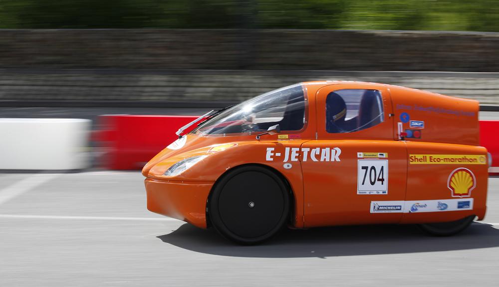 http://www.ecomarathon.de/fileadmin/Sonstige_Unterseiten/ecomarathon/images/Bilder/2012/cars_urban/704_MG_5701_1000.jpg